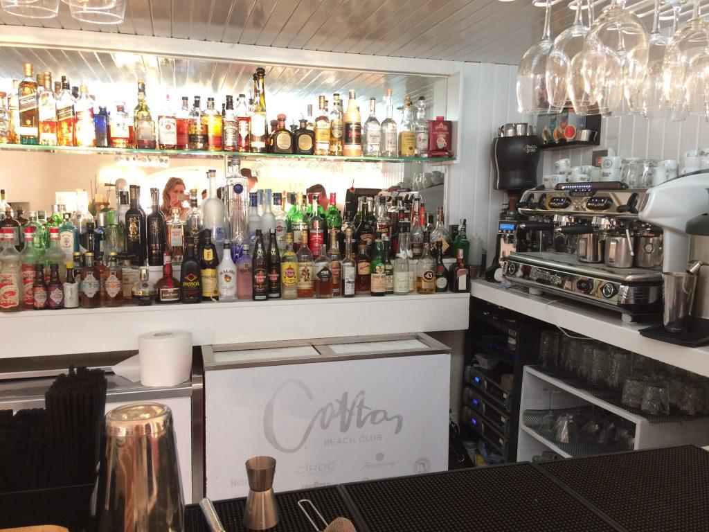 Cotton Beach Club bar