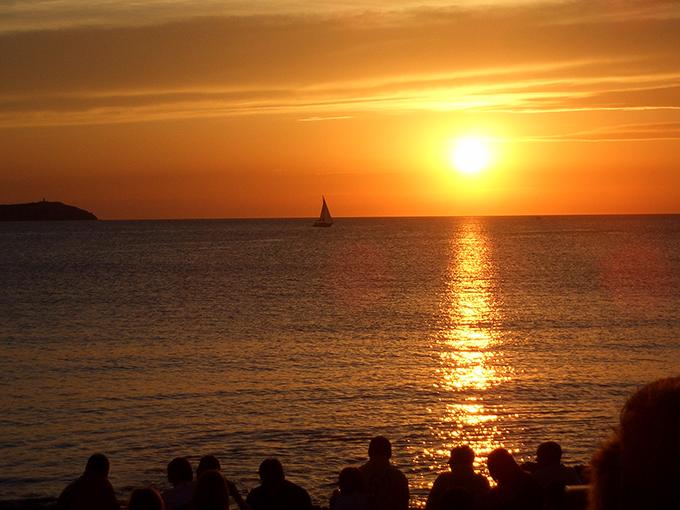 sunset-cafe-del-mar
