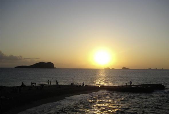 sunset-cala-comte
